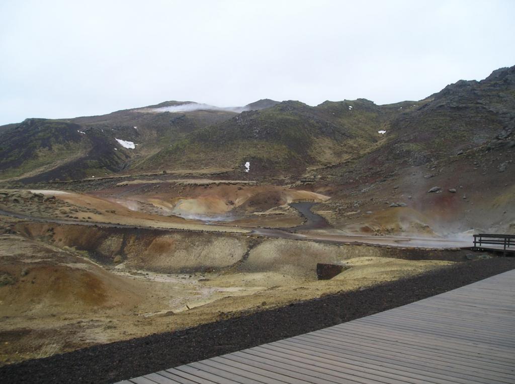 TA1.1: Geothermal field at Krysuvik.