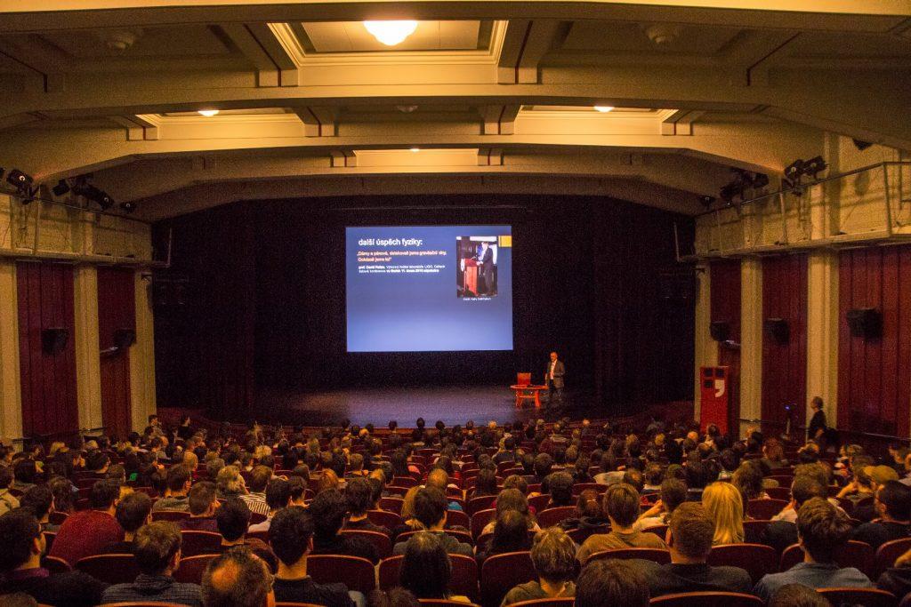 Presentation of gravitational wave observations by Prof. Podolsky (Charles University)
