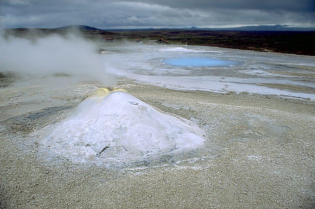 Hveravellir, Iceland. Andreas Tille, CC BY-SA 4.0 , via Wikimedia Commons